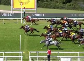 What a finish to the @UnibetRacing Stewards Cup!