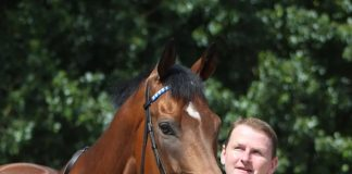 Charlie Wallis: saddled fromthehorsesmouth.info 16-1 ew tip Arzaak at Lingfield.