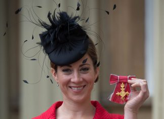 Hayley Turner OBE rode Restless Rose to victory at Chelmsford.