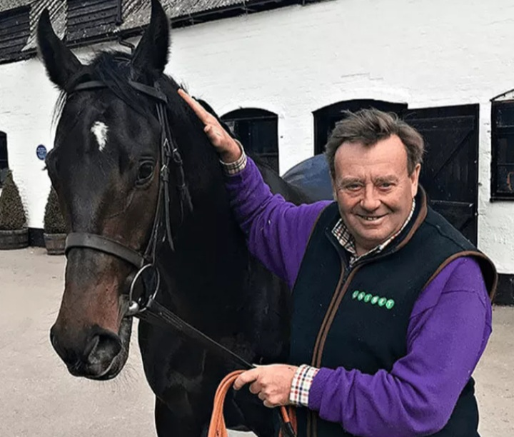 Nicky Henderson saddles Mill Green (1.45) and Quickbuck (3.30) at Worcester.