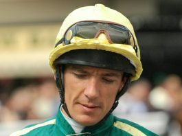 Frankie Dettori rode Kinross to victory in G3 Betway John Of Gaunt Stakes at Haydock.